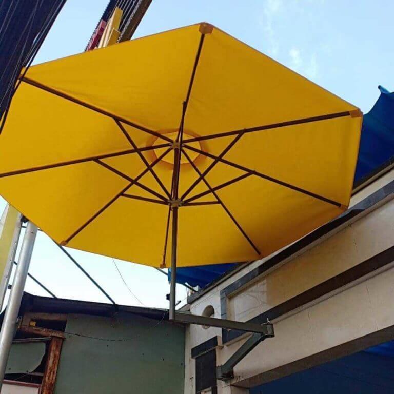 Ô dù treo tường che nắng trang trí quán cafe giá LH 0946 800 800